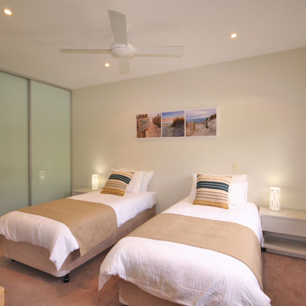 Sapphire Beach Accommodation, Sapphire Retreat - 3rd bedroom has its own ensuite