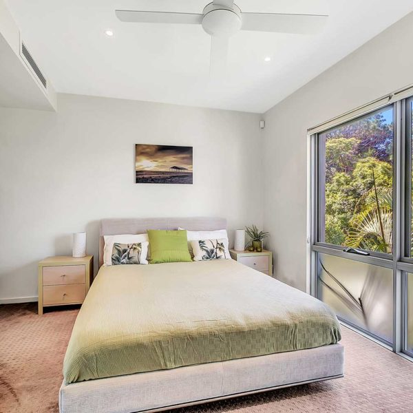 Coffs Harbour Luxury Accommodation, Sapphire Retreat - 2nd bedroom has its own ensuite